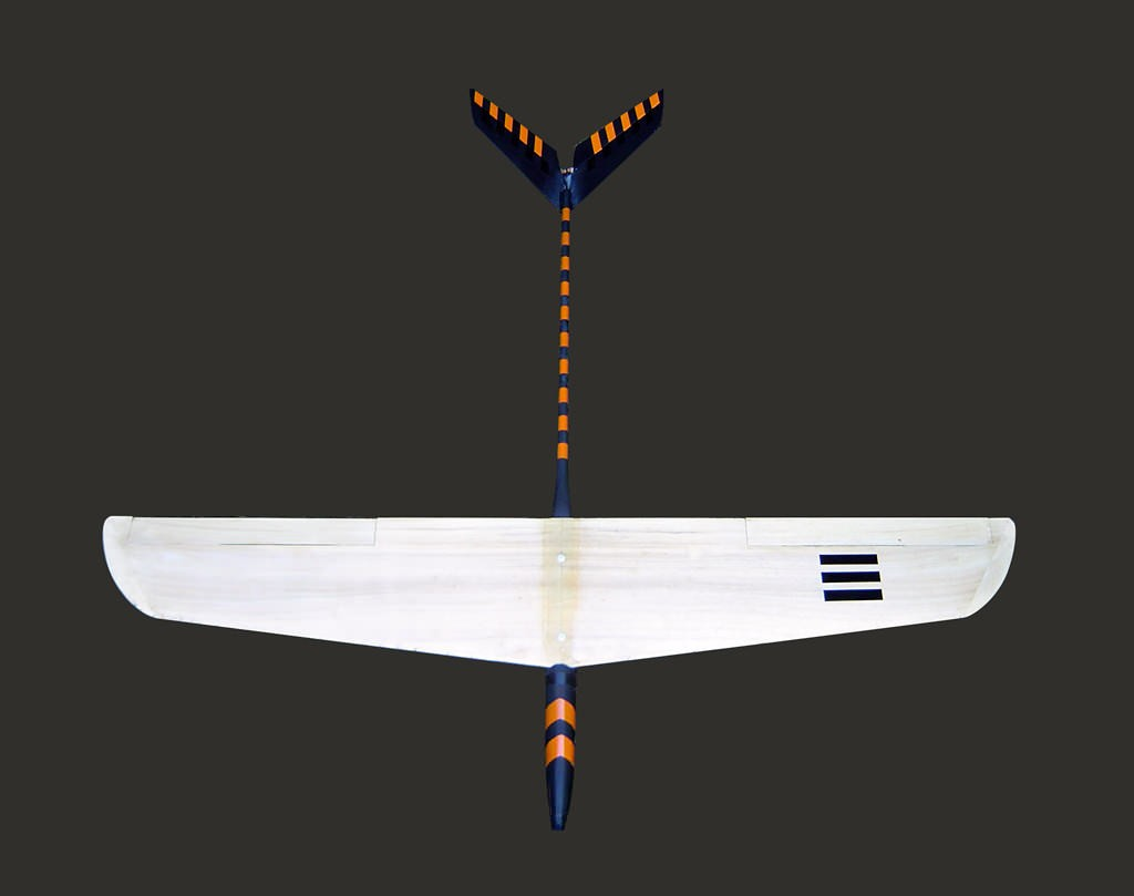 Hidama is a high-performance, 1m span sailplane. Or, it was. All of these are like sand mandalas; a process, not a thing. That is, I crashed it.